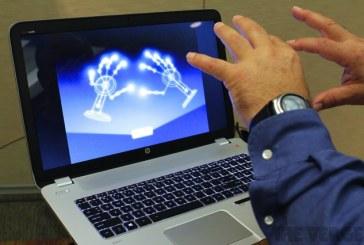أول جهاز لاب توب يمكن التحكم فيه بالتلويح باليد HP Envy 17 Leap Motion SE